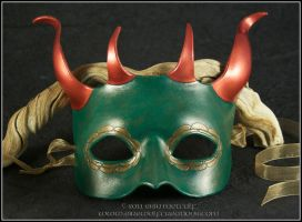 4-Horned Dragon leather mask by EirewolfCreations