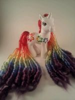 Rainbow Hibiscus - custom pony by hannaliten