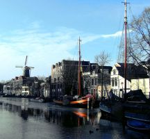 Schiedam Harbour by marjol3in1977
