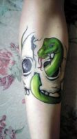 Serpent and Skull by Snappedragon