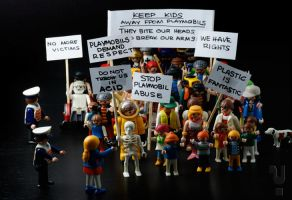 Playmobil revolt by Y4why