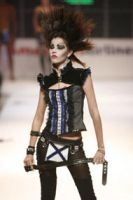 Fashion week Caracas 2006 5. by Antraxlab