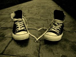 ..converse.. by pceluvhapines