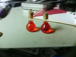 (tiny) Health Potions by dbgtrgr