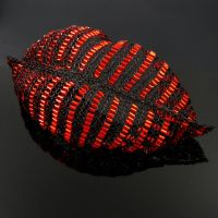 Black and red wire knit lips by CatsWire