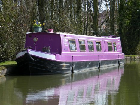 MKPA Canal boat by captainflynn