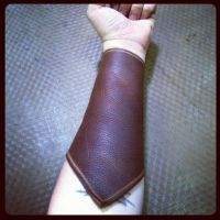 assassin archery arm guard by MerrillsLeather