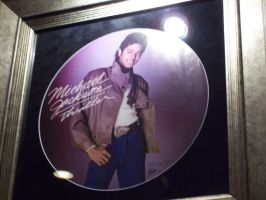 mjj at the hard rock cafe by KehnaChan