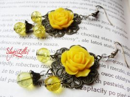 Romantic filigree earrings with yellow resin roses by Benia1991