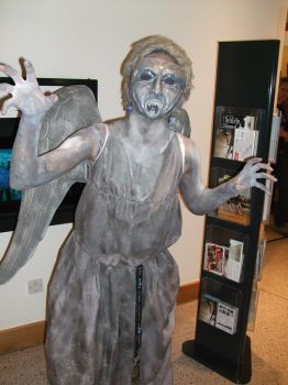 Weeping Angel Cosplay by 2Dismine