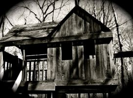 The Haunted Tree House by Arie-Vampiress
