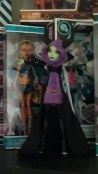 Monster High Maleficent doll (preview pic 3) by untamed-sylph