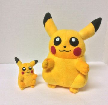 Old School Fat Pikachu Plushes by FandomFactoryPlushes