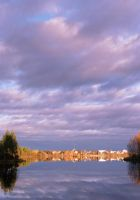 Town by the lake by toistaitoinen
