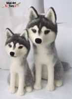 Needle felted Siberian Huskies by WoolArtToys