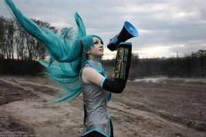 Miku Hatsune - Love is War by The-Kirana