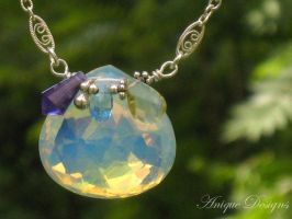 Opalescent Hydro Quartz by AniqueDesigns