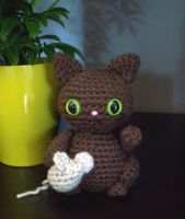 Brown kitty with mouse by whithersoever