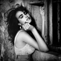 Evelyn bw by MaryaS