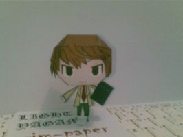 light yagami papercraft by Grim-paper
