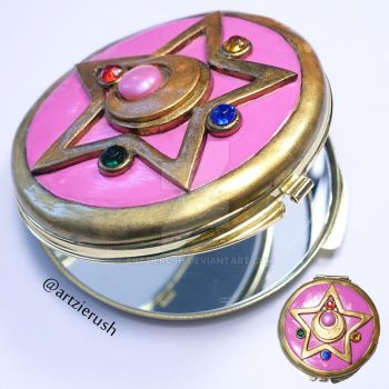 Sailor Moon Crystal Star Brooch Mirror by ArtzieRush