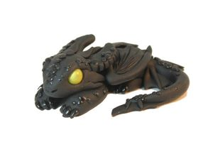 Toothless Laying Down by ShaidySkyDesign