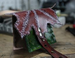 Winter Leaf Pouch - Small by DariusSilver