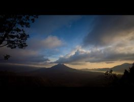 Mount Batur by archlover