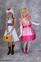 Cute ^.~ - Peach and Toad Cosplay by FuzzyRedPants