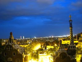 Parc Guell at night by Iouri