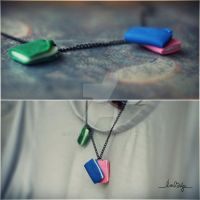 book necklace by Cielodise