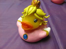 Princess Peach Duck by spongekitty
