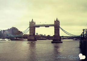 I love n 6 Tower Bridge by joesie