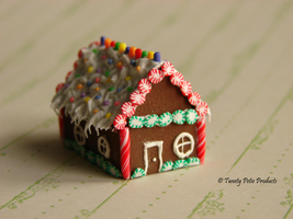 One Little Gingerbread House by birdielover