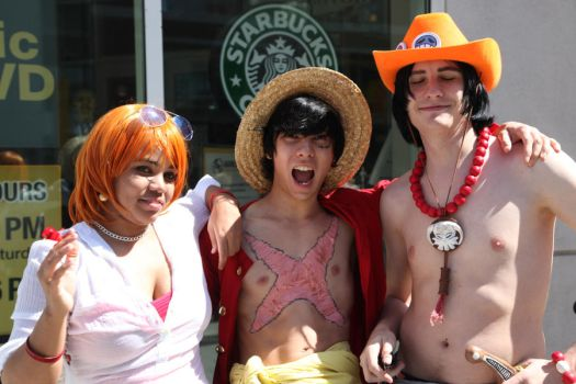 One Piece Cosplay by MidoriChan15