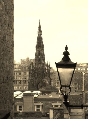 The Scott Monument by Hananomori