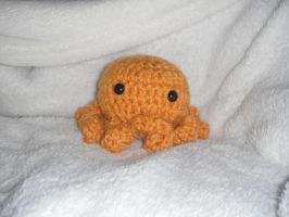 Golden Octo by Humble-Stitches
