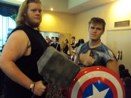 thor and captin america by spartan049820