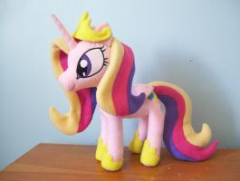 Princess Cadence by PlushieScraleos