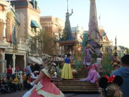 I enjoy Disneyland Soundsational Parade photo 2 by Magic-Kristina-KW