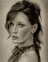 Kate Beckinsale by Rob-Mcilwain