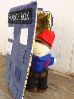 Captain Jack stealing the Tardis by greenchylde