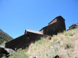 The old Bayhorse mine by Pwesty