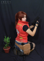 Claire Redfield cosplay - RE Darkside Chronicles by VickyxRedfield