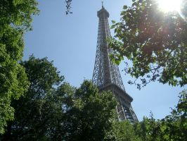 Eiffeltower by day by bschulze
