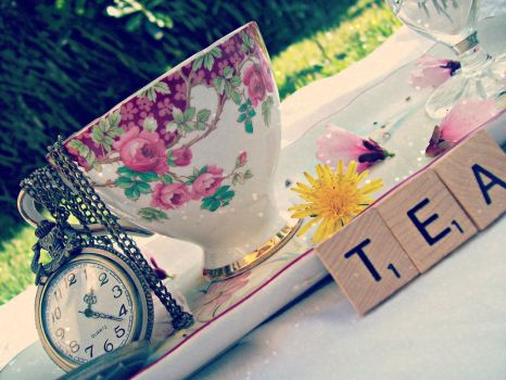 Tea Time 2 by Givemore