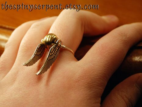 Golden Snitch Ring - Wirewrapped by kittykat01