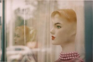 the mannequin by NPenguin