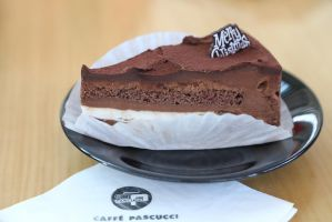 Chocolate mousse cake by patchow