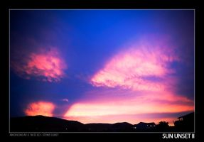 Sun Unset II by stonemx
